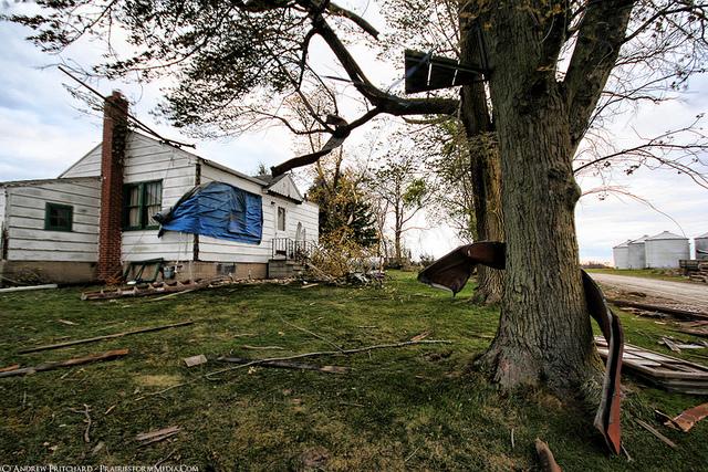 EF1 damage near Elburn, IL
